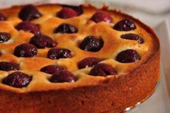 Пирог на кефире с вишней: очень простой — вкус не передать словами 1