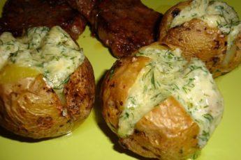 po-takomu-receptu-kartofel-ya-ne-gotovila-ranshe-samyj-appetitnyj-i-sytnyj-garnir